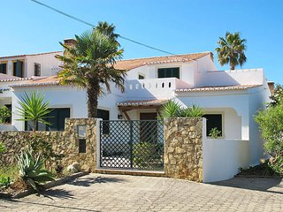 4 bedroom Villa in Bensafrim, Faro, Portugal : ref 5434694