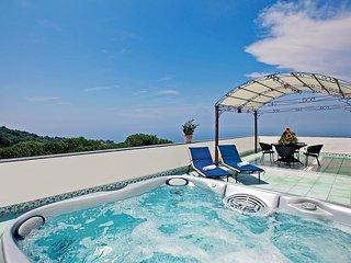 11 bedroom Villa in Sant'Agata sui Due Golfi, Campania, Italy : ref 5228507