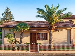 3 bedroom Villa in Ponte a Moriano, Tuscany, Italy : ref 5447215
