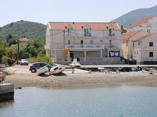 One bedroom apartment Hodilje (Peljesac) (A-10234-b)