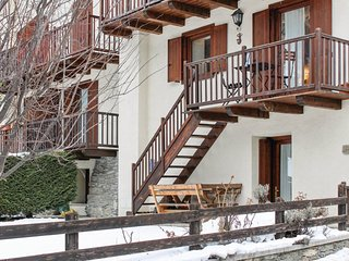 2 bedroom Apartment in Baulen, Aosta Valley, Italy - 5566600