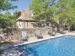 4 bedroom Villa in Lacoste, Provence-Alpes-Cote d'Azur, France : ref 5565773