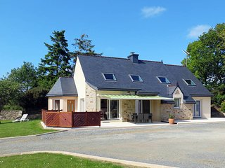 5 bedroom Villa in Lannion, Brittany, France : ref 5436332