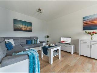 1 BR Apartment Solec 4