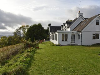 Boreland Loch Tay Farmhouse