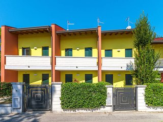 3 bedroom Villa in Bibione Pineda, Veneto, Italy : ref 5434292