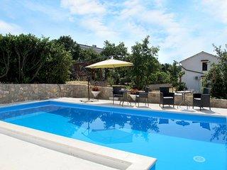 4 bedroom Villa in Pinezici, Primorsko-Goranska Zupanija, Croatia : ref 5440153