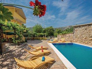 3 bedroom Villa in Drivenik, Primorsko-Goranska Županija, Croatia : ref 5569990