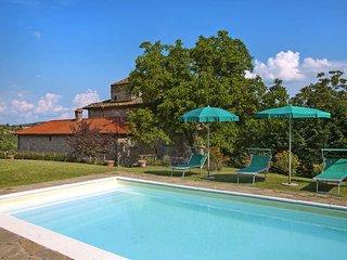 4 bedroom Villa in Cortona, Tuscany, Italy : ref 5446265