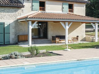 3 bedroom Villa in Sainte-Gemme, Nouvelle-Aquitaine, France : ref 5565409