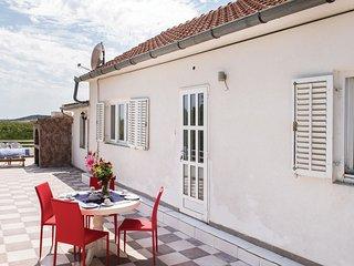 4 bedroom Villa in Velika Cista, Sibensko-Kninska Zupanija, Croatia : ref 554269