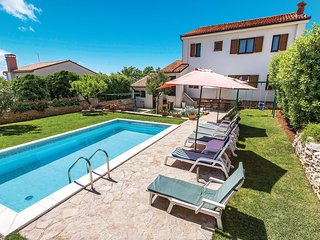 4 bedroom Villa in Medulin, Istria, Croatia : ref 5520559