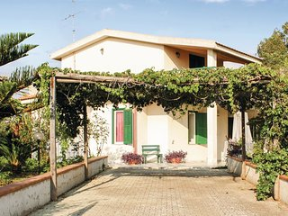 3 bedroom Villa in Plaia Grande, Sicily, Italy : ref 5566761