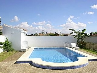 Conil de la Frontera Villa Sleeps 6 with Pool - 5000394