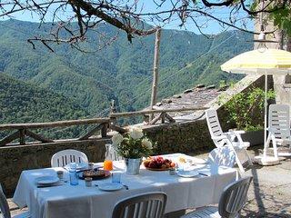 6 bedroom Villa in Stazzema, Tuscany, Italy : ref 5447766