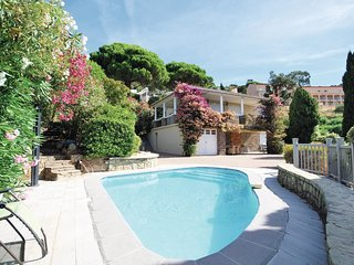 2 bedroom Villa in Rayol-Canadel-sur-Mer, France - 5565564
