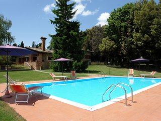 6 bedroom Villa in Camporbiano, Tuscany, Italy : ref 5513135