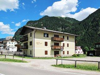 3 bedroom Apartment in Fontanazzo, Trentino-Alto Adige, Italy : ref 5437544