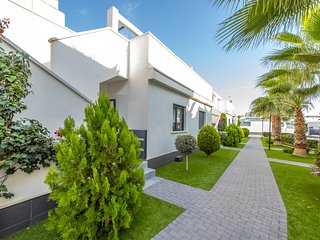 2 bedroom Chalet in Playas de Orihuela, Valencia, Spain : ref 5479164