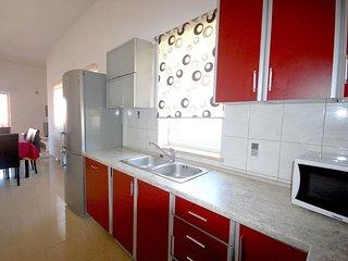 3 bedroom Apartment in Malinska, Primorsko-Goranska Zupanija, Croatia : ref 5557