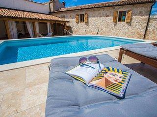 2 bedroom Villa in Visignano, Istarska Zupanija, Croatia : ref 5426342