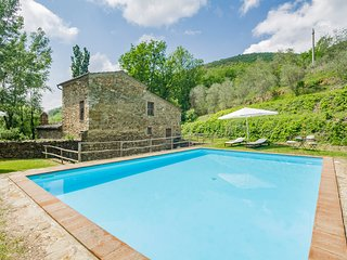 4 bedroom Villa in Sant'Antimo, Tuscany, Italy : ref 5049050