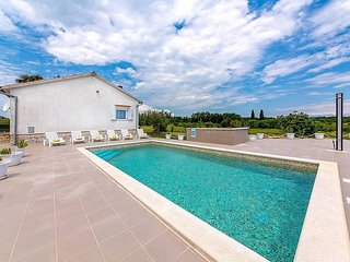 2 bedroom Villa in Marcana, Istria, Croatia : ref 5487310