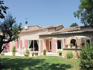 5 bedroom Villa in Montelimar, Auvergne-Rhone-Alpes, France : ref 5565732