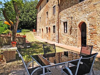 3 bedroom Apartment in Montespertoli, Tuscany, Italy : ref 5446806
