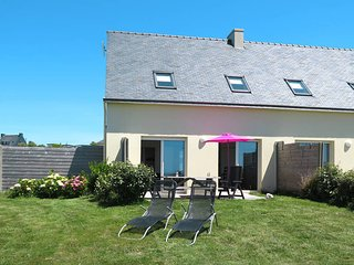 3 bedroom Villa in Plounevez-Lochrist, Brittany, France : ref 5438194