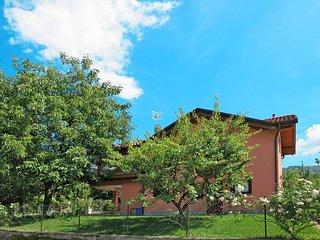 3 bedroom Villa in Castelveccana, Lombardy, Italy : ref 5440964
