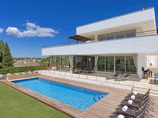 6 bedroom Villa in San Roque Club, Andalusia, Spain : ref 5218036
