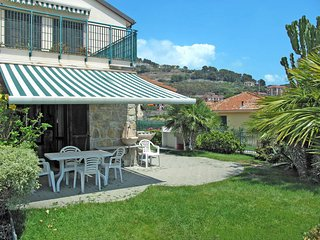 1 bedroom Apartment in Piani-Ciapin, Liguria, Italy : ref 5444257