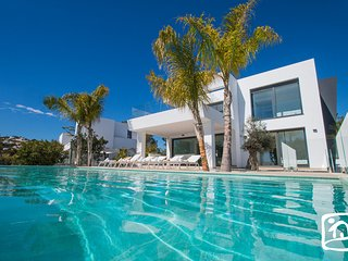 4 bedroom Villa in Moraira, Valencia, Spain : ref 5504481