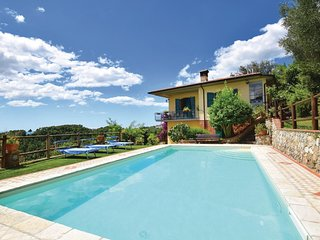 4 bedroom Villa in Culla, Tuscany, Italy : ref 5566946