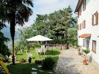 2 bedroom Apartment in Borgo a Mozzano, Tuscany, Italy : ref 5447112