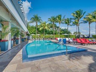 Bentley Hilton Hotel Balcony Studio Beachfront II