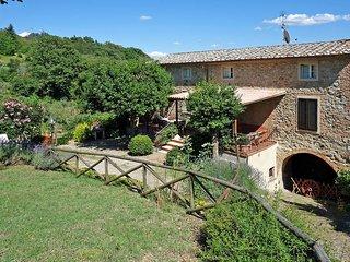 3 bedroom Villa in Chiusdino, Tuscany, Italy : ref 5447380