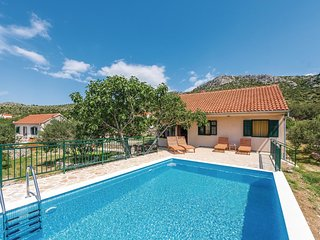 2 bedroom Villa in Južni Škugori, Šibensko-Kninska Županija, Croatia : ref 55323
