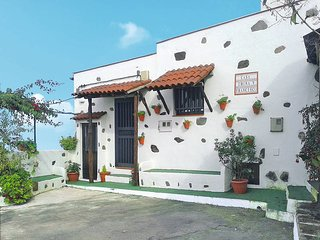 2 bedroom Villa in Icod de los Vinos, Canary Islands, Spain : ref 5446194