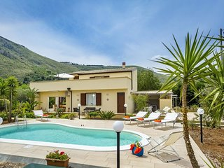 4 bedroom Villa in Case Di Bartolo, Sicily, Italy : ref 5696691