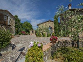 2 bedroom Apartment in Montecarelli, Tuscany, Italy : ref 5554816