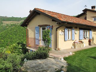 2 bedroom Villa in Cessole, Piedmont, Italy : ref 5443199