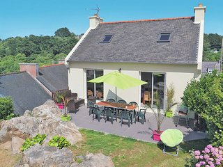 3 bedroom Villa in Saint-Michel-en-Grève, Brittany, France : ref 5436341