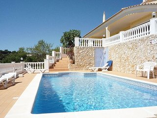 3 bedroom Villa in Vale de Rosas, Faro, Portugal : ref 5387174