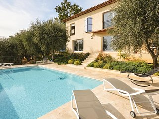 4 bedroom Villa in Saint-Marc, Provence-Alpes-Côte d'Azur, France - 5570133