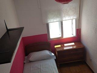 Habitación cómoda en ambiente familiar