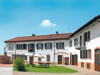 3 bedroom Apartment in Cossombrato, Piedmont, Italy : ref 5443161