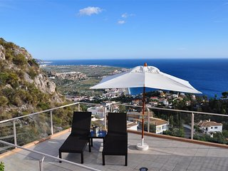 Villa Terrazas Del Mar: Modern villa with great view, private pool and jacuzzi