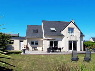 3 bedroom Villa in Roscoff, Brittany, France : ref 5438380